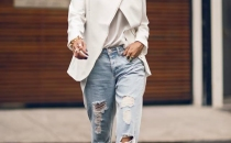 Micah Gianneli boyfriend jeans for an everyday look