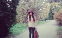 ALEXANDRA C. (burdundy hat, casual outfit)