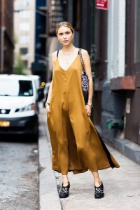 silk-dress-street-stile-rochie-pijama-matase-blog-moda-fashion-Bacau-Adriana-Vieriu