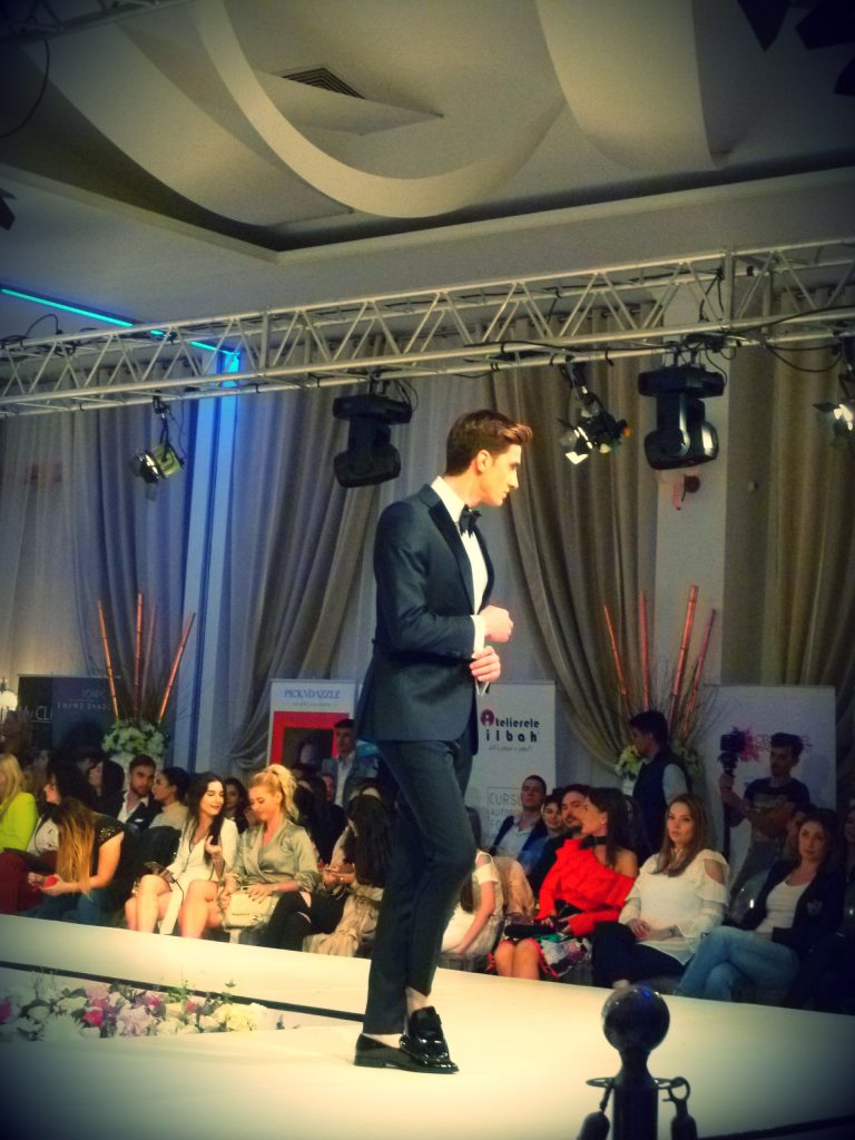 Albert-Suits-and-Tailoring--Bucharest-Fashion-Week-aprilie-2017-saptamana-modei-Bucuresti-primavara-vara-impresii-designeri-branduri-autohtone-Mineli-Boutique-Laura-Olteanu-Claudia-Neghina-Ambasador-Events-Otopeni-evenimente-moda-fashion-Romania-bloggeri-de-moda-Romania-blog-moda-fashion-Bacau-Adriana-Vieriu